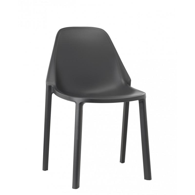 Chaise design PIU par Scab design