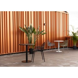 Table design ronde en métal Metsu, Zuiver
