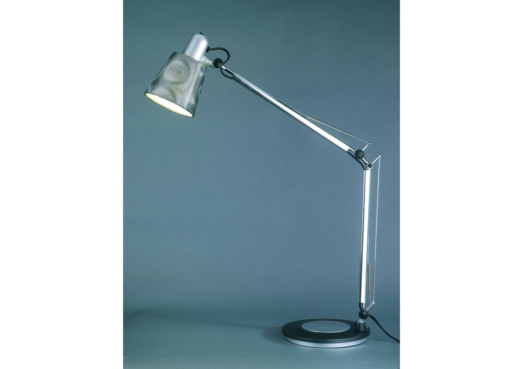 Lampe de bureau casting2 design et son tau d 39 accroche - Lampe de bureau design ...
