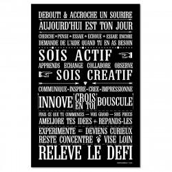 Sticker papier 45x30 cm relève le défi